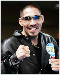 MARGARITO ALL IN; GETS PACQUIAO ON FLOP AND GUARANTEED LICENSE ON RIVER