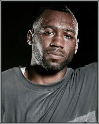 AUSTIN TROUT JOINS TEAM FIGHT TO WALK