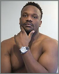 CHISORA FRACTURES HAND; BOUT WITH FURY POSTPONED
