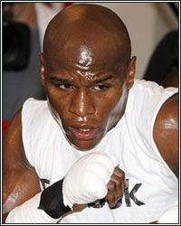 FLOYD MAYWEATHER PUTTING IN HARD WORK AHEAD OF MAY 4 RETURN
