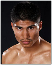 MIKEY GARCIA RIPPED AND READY FOR SUPER FEATHERWEIGHT DEBUT: