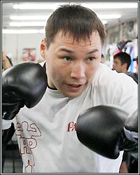 RUSLAN PROVODNIKOV WATCHING RIOS VS. CHAVES WITH GREAT INTEREST